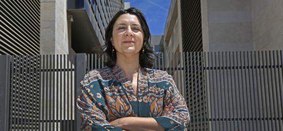 La diputada provincial de Esquerra Unida en Valencia, Rosa Pérez Garijo, en la Ciudad de las Justicia.