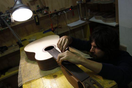 Los instrumentos de cuerda resucitan en Chamberí