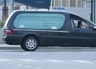 El Prat recibe 32 féretros de las víctimas de Germanwings
