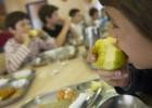 Terrassa suspende la adjudicación a Serhs de los comedores escolares