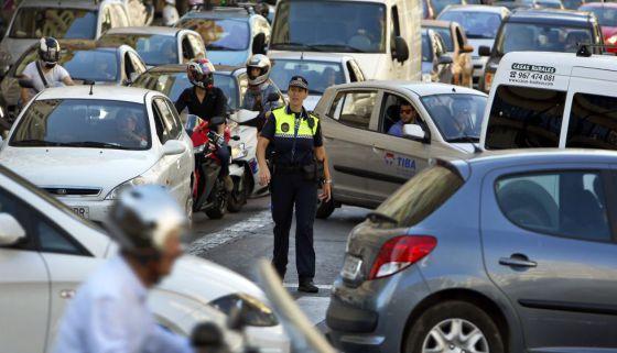 Atasco en el día sin coches celebrado en Valencia el pasado septiembre.