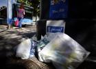 Carmena amenaza con sanciones a las empresas de limpieza viaria