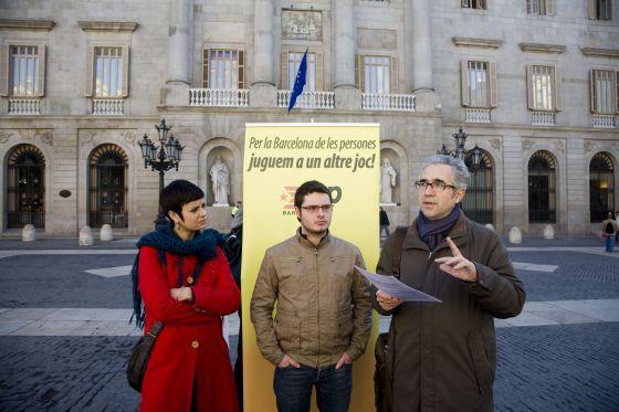 Xavier Monge, en el centro, durante la campaña municipal del 2011.