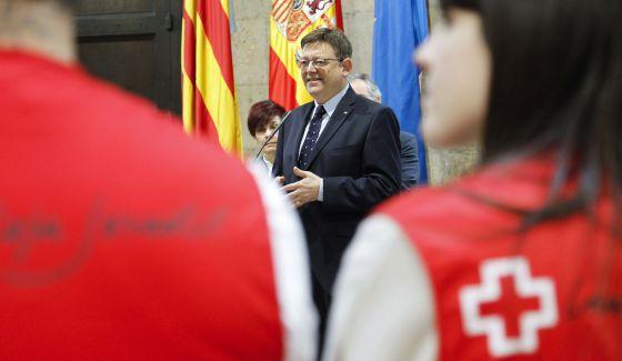 El presidente valenciano, Ximo Puig, en un acto con Cruz Roja.