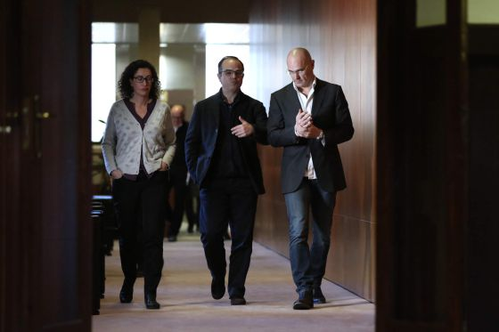 Marta Rovira (ERC), Jordi Turull (CDC) y Raül Romeva.