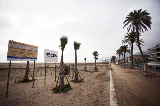El paseo Marítimo de Castelldefels afectado por la polémica.