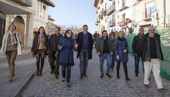Los miembros del Gobierno valenciano, en Morella.