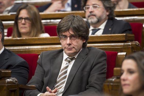 Puigdemont durante el debate.