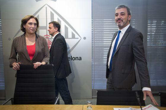 De izquierda a derecha, Ada Colau, Alfred Bosch y Jaume Collboni.