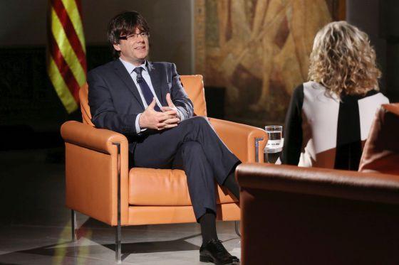 Carles Puigdemont, durante la entrevista en TV-3