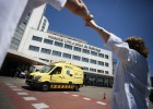 Los recortes por la crisis enferman a médicos y enfermeros