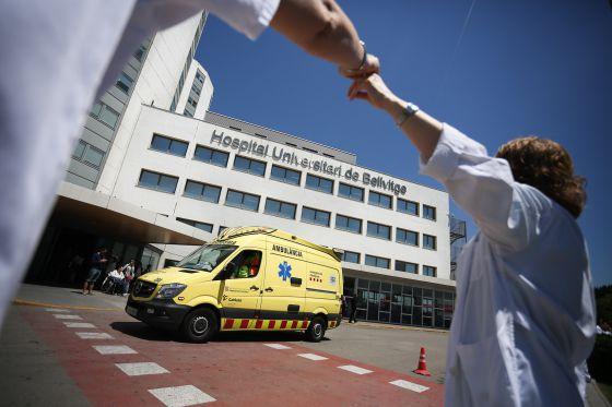 Los recortes afectan la salud de los profesionales sanitarios catalanes.