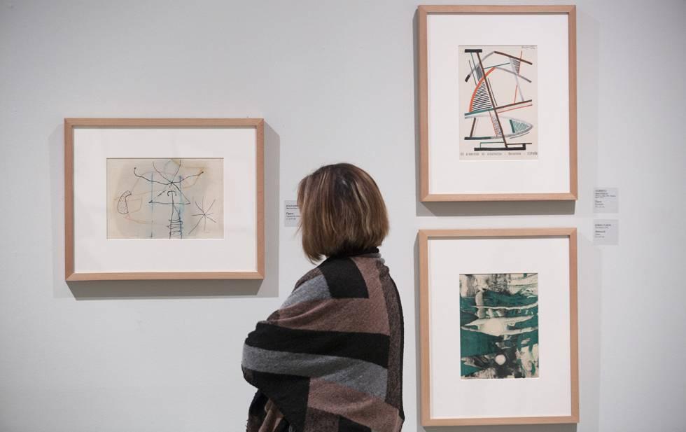 Las obras de Joan Miró, a la izquierda, Alberto Magnelli, arriba, y Jordi Curós en la exposición de Can Framis.
