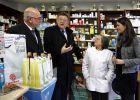 El Consell pacta con farmacias y ortopedias la ayuda al copago