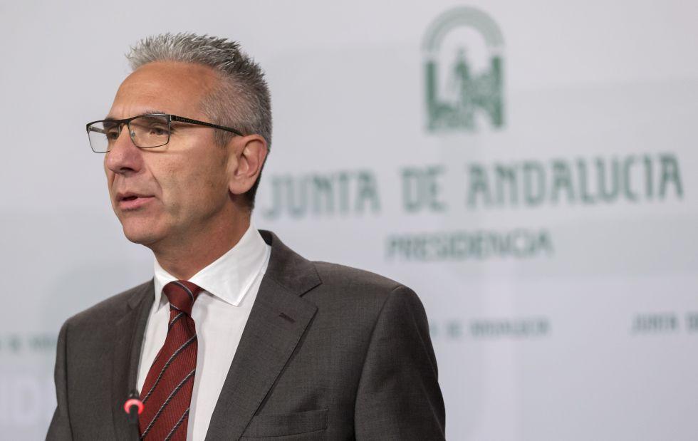 El portavoz del Gobierno, Miguel Ángel Vázquez, en el Palacio de San Telmo.