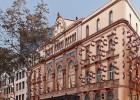 Colau cuestiona el proyecto de la fachada de Amat para el Liceo