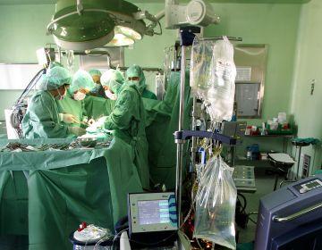 Operación quirúrgica en el hospital de La Princesa.