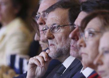 """Rajoy, a un falso Puigdemont: """"Le llamo el lunes 25 y fijamos una fecha"""""""