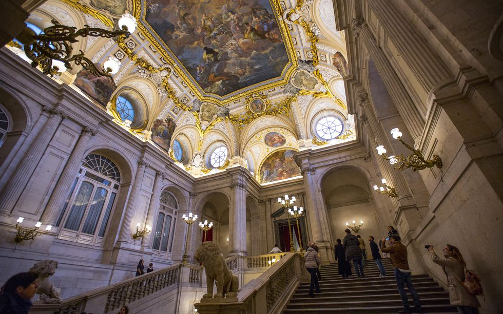 Escalera principal del Palacio Real de Madrid.