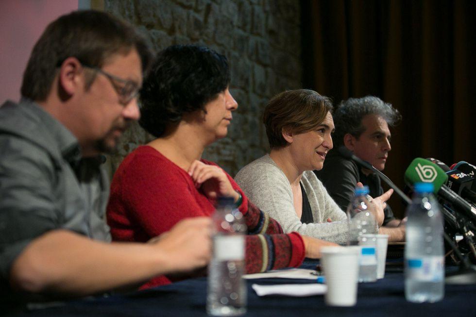 De izquierda a derecha, Xavier Domènech, Susana Segovia, Ada Colau y Marcelo Expósito.