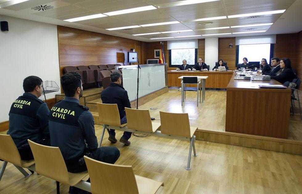 El acusado, José Antonio M.M., en el banquillo durante la declaración.