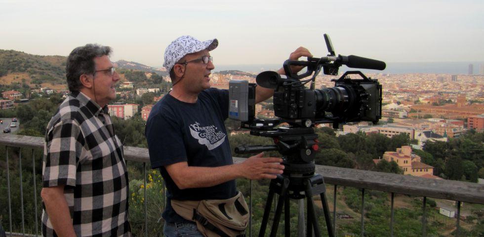 A l'esquerra, el director, Vicent Tamarit, durant el rodatge.