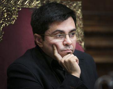Gerardo Pisarello en el pleno municipal.