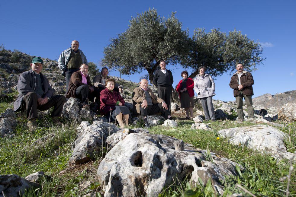 Agricultores de una asociación de Loja (Granada) que promueve la producción ecológica y la dignidad de la profesión. De los 56 socios, solo ocho tienen menos de 30 años.