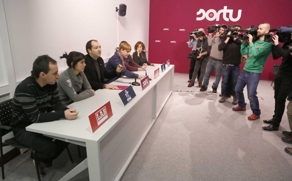Pernando Barrena en una comparecencia con otros representantes de la izquierda 'abertzale'