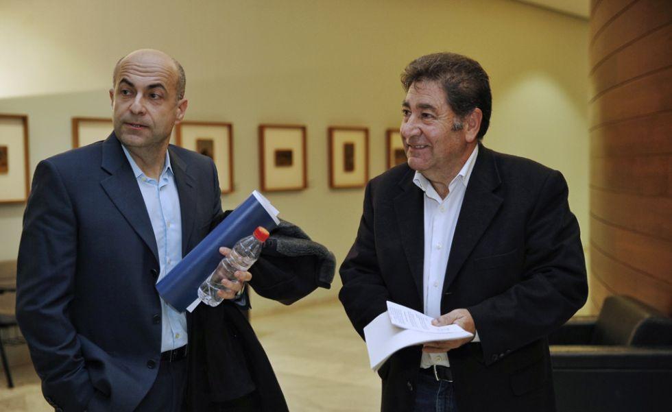 Arturo Rocher, a la izquierda, y Jorge Álvarez, en las Cortes Valencianas.