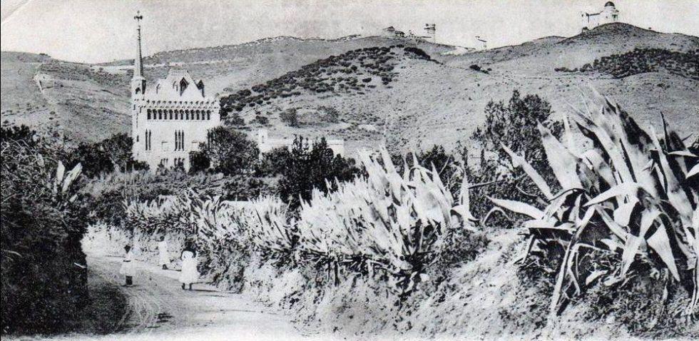 La torre Bellesguard, recién construida, en 1909.