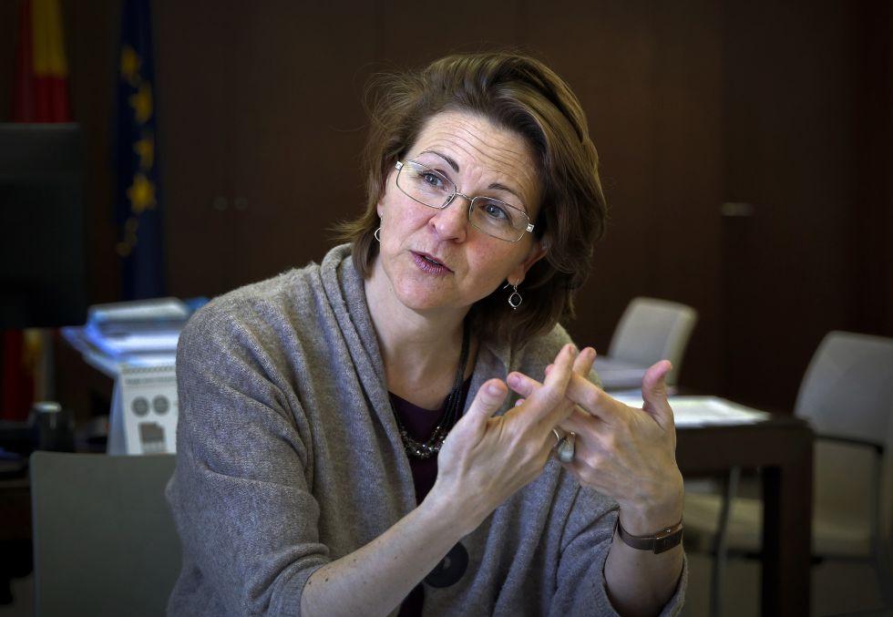 La consejera de Agricultura y Medio Ambiente, Elena Cebrián, durante la entrevista.