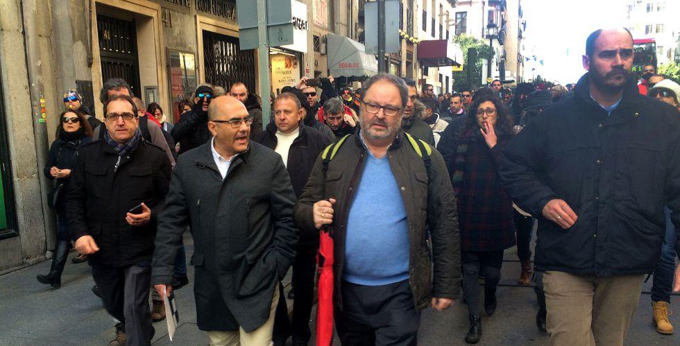 Protesta contra un concejal madrileño el pasado martes.