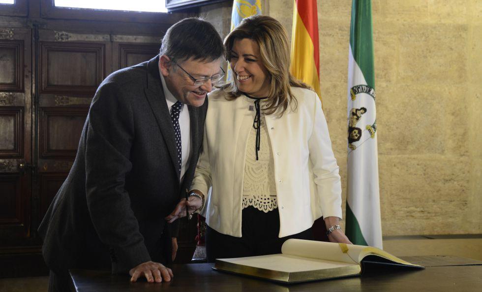 El presidente valenciano, Ximo Puig, con su hómologa andaluza, Susana Díaz, en el Palau de la Generalitat.