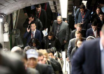 El transporte privado paga la huelga de metro en pleno Mobile