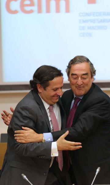 Juan Pablo Lázaro (izquierda), junto al presidente de la CEOE, Joan Rosell.