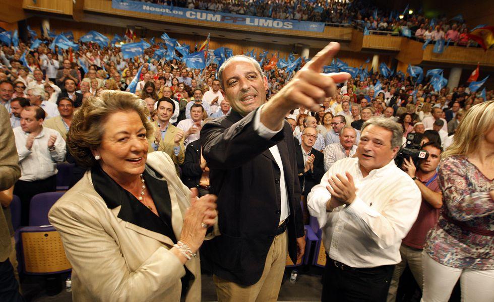 Barberá, Camps y Rus, en un acto del PP en 2010, cuando lideraban el partido en Valencia