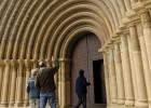 Cataluña devolverá a Aragón 53 de los 97 objetos de arte de Sijena