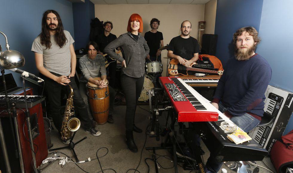 Aurora & The Betrayers ensayando para su concierto de esta noche en La Riviera.