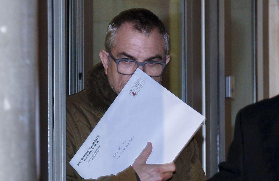 El hombre clave de la investigación, Máximo Caturla, tras salir de los juzgados.