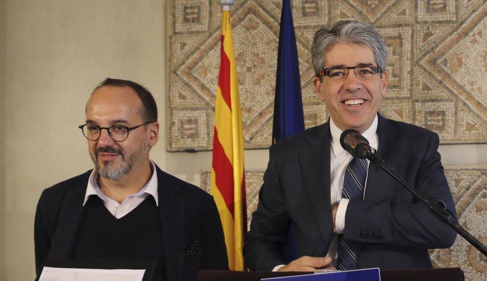 Carles Campuzano (izquierda), al lado de Francesc Homs