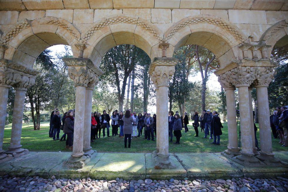 Imagen de la visita pública del claustro de Palamós, ayer.