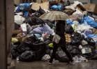 Los trabajadores mantienen la huelga de basuras en Málaga