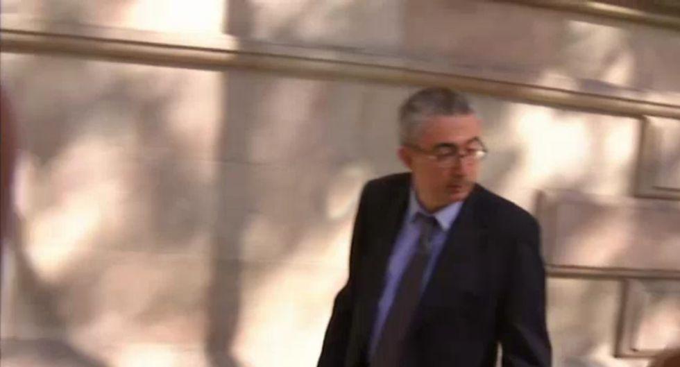 El ministro de justicia suspende al notario del caso - Notarios en barcelona ...
