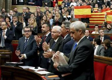 La mitad de Cataluña rompe con la democracia española