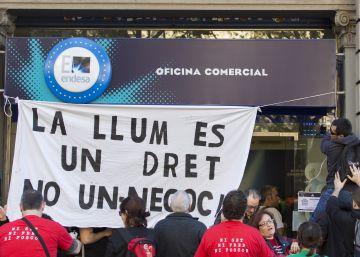 """Las entidades ven a la Generalitat """"impotente"""" ante las suministradoras"""