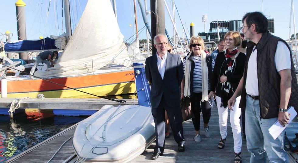 El presidente de Portos, en el puerto deportivo de Sanxenxo.
