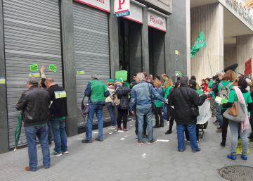 Protesta contra la suspensión de la ley de pobreza energética