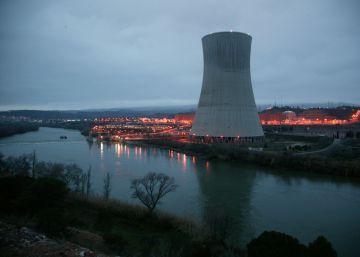 Puigdemont reformula el impuesto sobre las nucleares