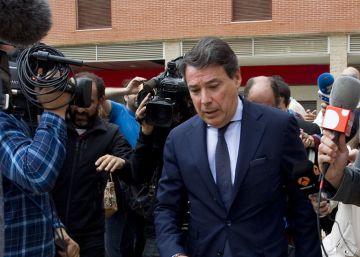 La Asamblea indaga si González retrasó a sabiendas su cita en el caso de los espías